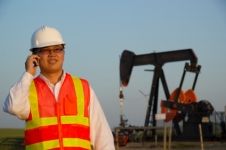 Translate Chinese to English for Oil and Gas